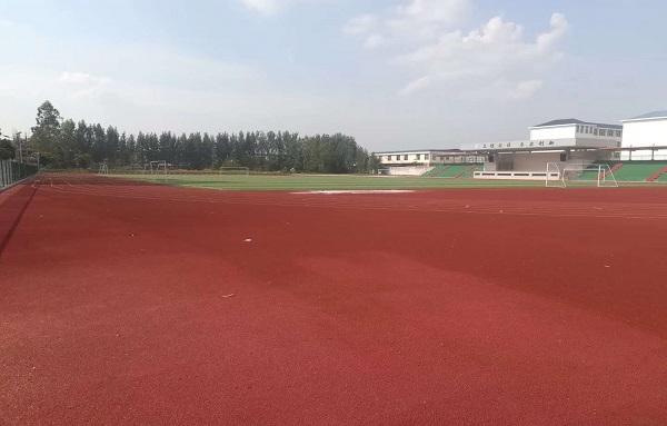 江西信丰中等专业学校